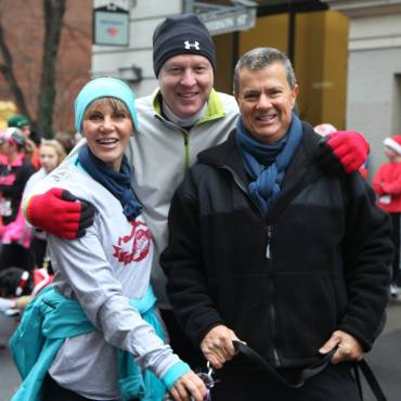 kent-with-wife-bosca-and-former-foot-levelers-vp-of-education-dr-mark-ziegler-jingle-bell-run-2013